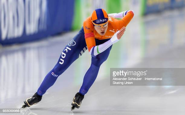 Marrit Leenstra of the Netherlands competes in the Ladies 1000m Final during the ISU World Cup Speed Skating Final at Speed Skating Arena on March 17...