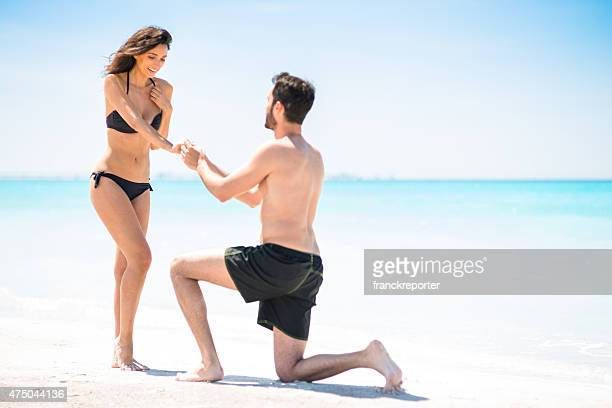 Marry Me !! Engagement on the beach