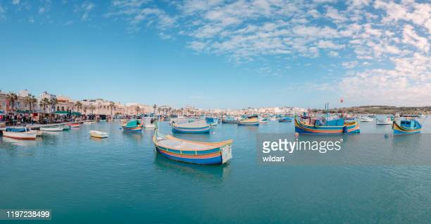 marsaxlokk open fish market bazaar in malta - marsaxlokk stock pictures, royalty-free photos & images