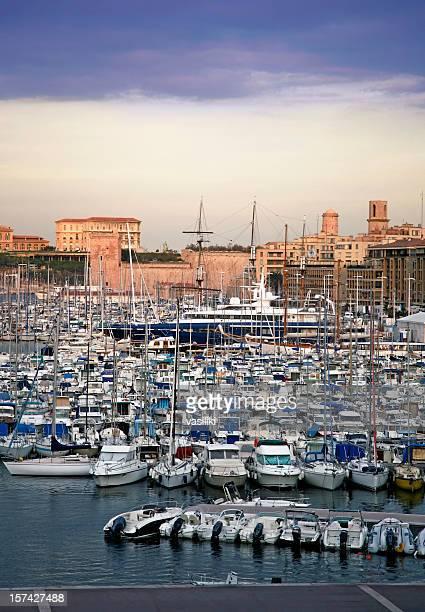 Marseille 7 h