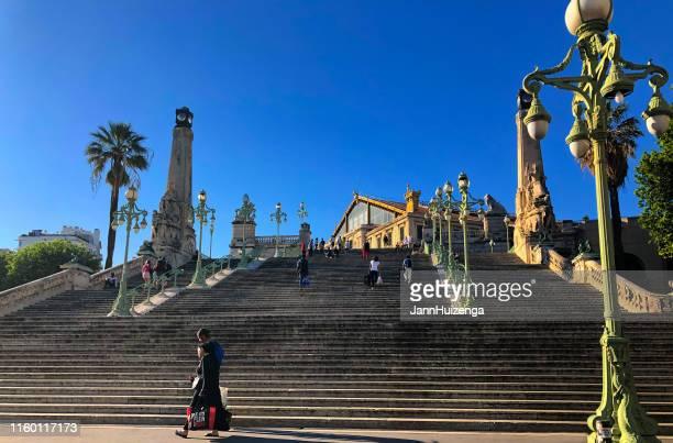 marseille, france: saint charles train station grand staircase - marseille photos et images de collection