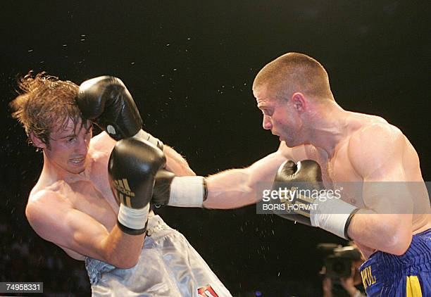 Ukrainian Wladimir Sidorenko competes against French Jerome Arnould during their WBA Bantam-weight world-championship boxing match, 29 June 2007 in...
