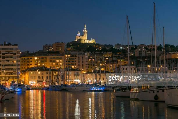 marseille harbor night - ポン・デュ・ガール ストックフォトと画像