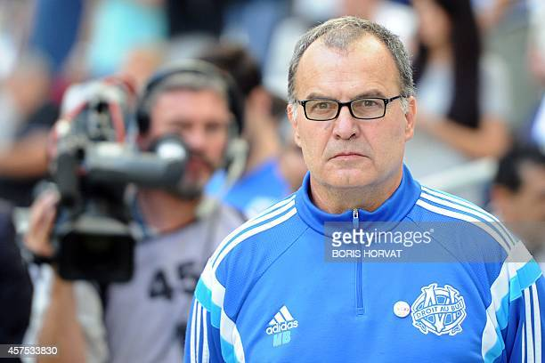 Marseille's Argentin head coach Marcelo Bielsa gestures during the French L1 football match Olympique of Marseille versus Toulouse at the Velodrome...