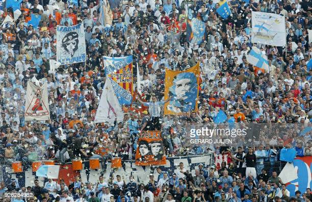 Marseille's fans demonstrate after their victory, 20 April 2006 at the Velodrome stadium in Marseille, during the French cup semi final match between...
