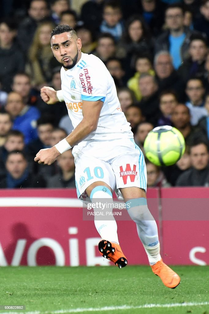 Marseille's French forward Dimitri Payet controls the ball during the French L1 football match between Toulouse (TFC) and Marseille (OM) at the Municipal Stadium in Toulouse, southern France on March 11, 2018. /