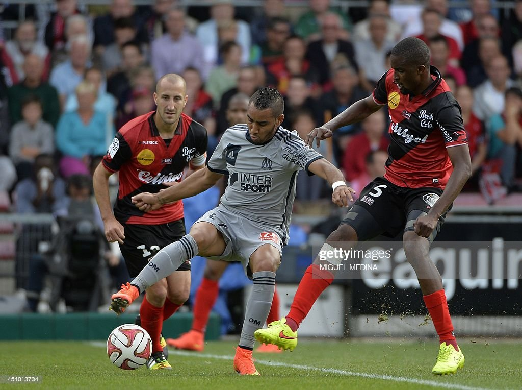 FBL-FRA-LIGUE1-GUINGAMP-MARSEILLE : News Photo