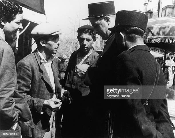 Marseilles Police Questioning Men Suspects To Make The Black Market In Marseille During The Second World War Between 1935 And 1939