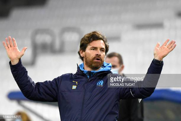 Marseille's Portuguese coach Andre Villas Boas gestures during the French L1 football match between Olympique de Marseille and Reims at the Velodrome...