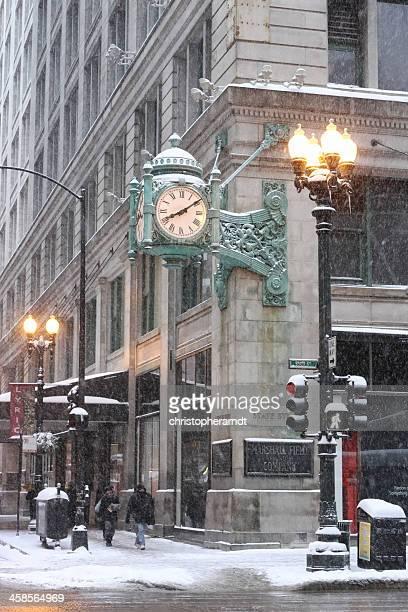 marshall field ´ s state street grande relógio em chicago - macy's - fotografias e filmes do acervo