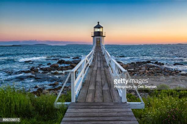marshall point lighthouse at sunset - maine stock pictures, royalty-free photos & images