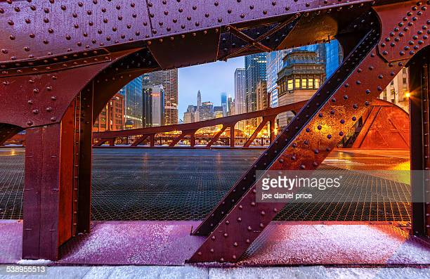 marshall suloway bridge, chicago - chicago river stock pictures, royalty-free photos & images