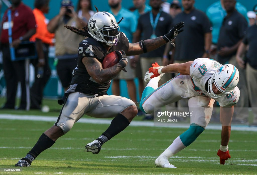 Oakland Raiders v Miami Dolphins : News Photo