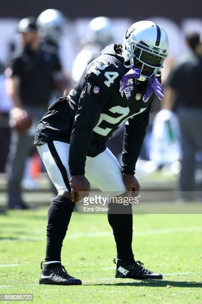 Marshawn Lynch of the Oakland Raiders warms up prior to their game against the Baltimore Ravens at OaklandAlameda County Coliseum on October 8 2017...