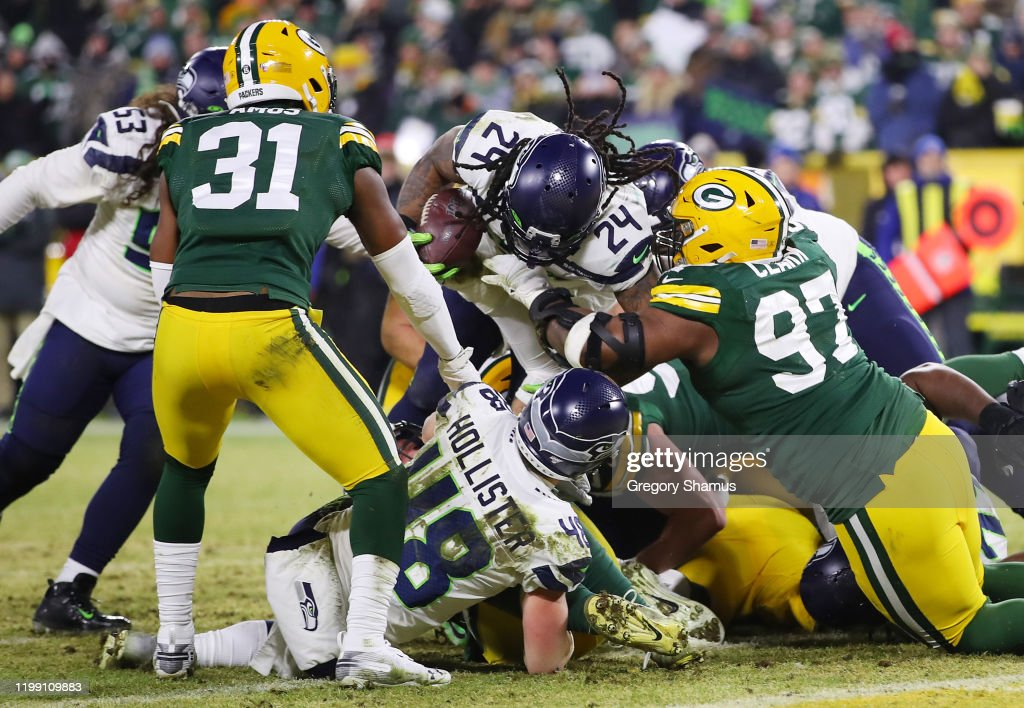Divisional Round - Seattle Seahawks v Green Bay Packers : News Photo