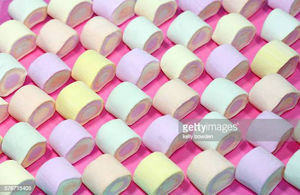 Marshmallows in a line order