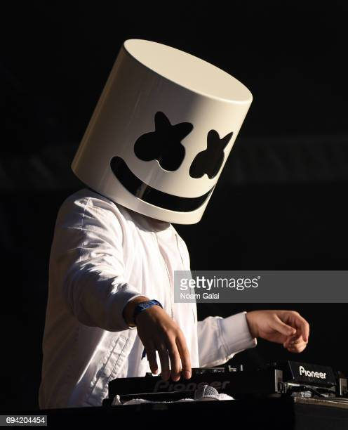 Marshmello Performs During 2017 Governors Ball Music Festival Day 2 At Randalls Island On June 3