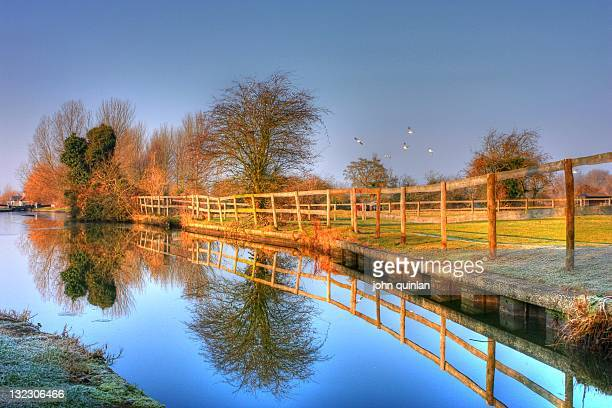 marsworth canalside - buckinghamshire stock pictures, royalty-free photos & images
