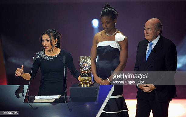 Marta accepts the Womens FIFA World Player 2009 award during the FIFA World Player Gala on December 21, 2009 in Zurich, Switzerland.