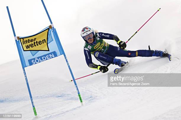 Marta Bassino of Italy in action during the Audi FIS Alpine Ski World Cup Women's Giant Slalom on October 17, 2020 in Soelden, Austria.