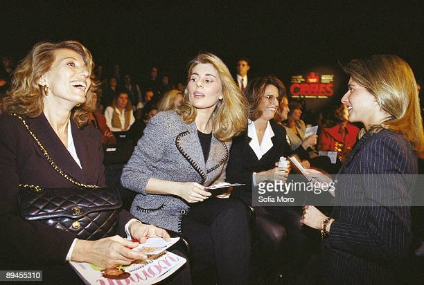 Marta Chavarri next to Elena de Borbon in Cibeles fashion week