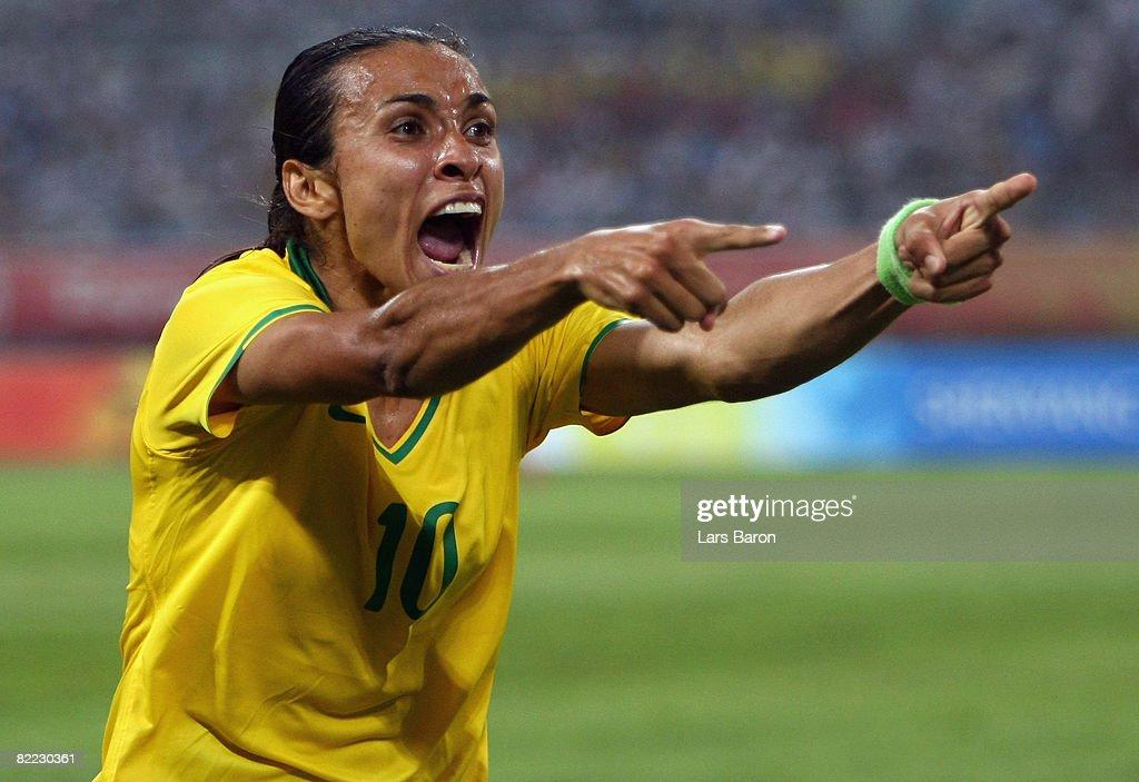 Olympics Day 1 - Football : News Photo