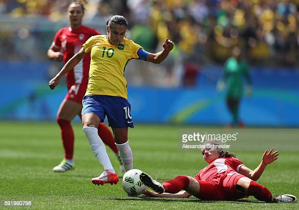 Marta of Brazil runs with the ball during the Women's Olympic Football Bronze Medal match between Brazil and Canada at Arena Corinthians on August 19...