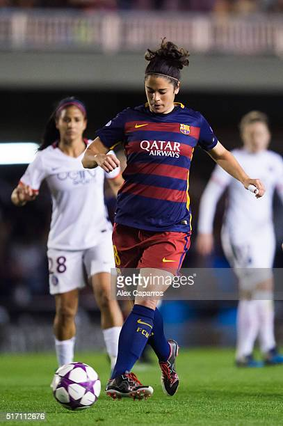 Marta Torrejon of FC Barcelona controls the ball during the UEFA Women's Champions League Quarter Final first leg match between FC Barcelona and...