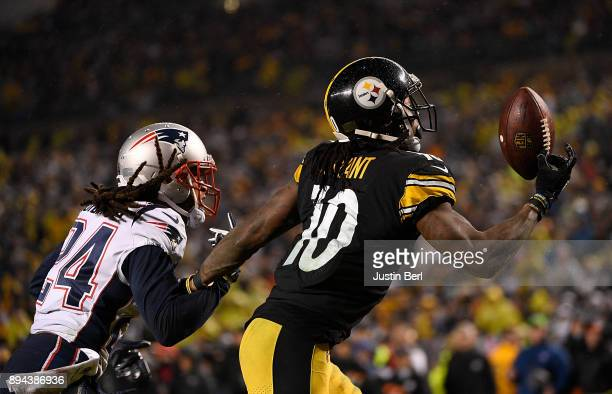 Martavis Bryant of the Pittsburgh Steelers catches a pass in front of Stephon Gilmore of the New England Patriots for a 4 yard touchdown in the...