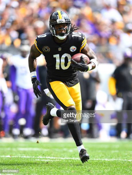 Martavis Bryant of the Pittsburgh Steelers in action during the game against the Minnesota Vikings at Heinz Field on September 17 2017 in Pittsburgh...