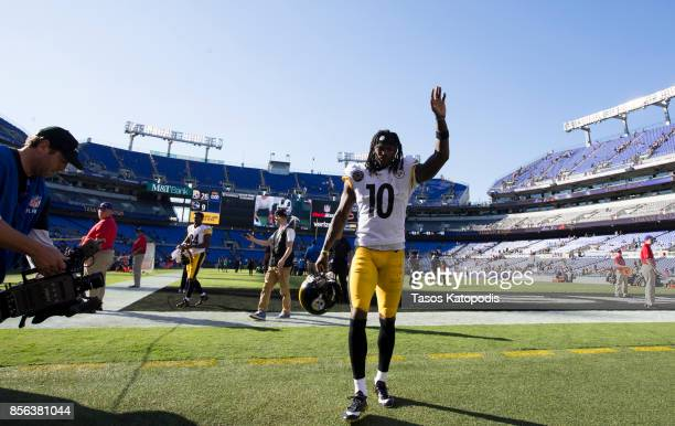 Martavis Bryant of the Pittsburgh Steelers leaves the field after taking on the Baltimore Ravens at MT Bank Stadium on October 1 2017 in Baltimore...