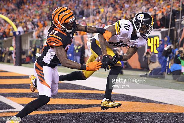 Martavis Bryant of the Pittsburgh Steelers scores a touchdown in the third quarter as Dre Kirkpatrick of the Cincinnati Bengals defends him during...