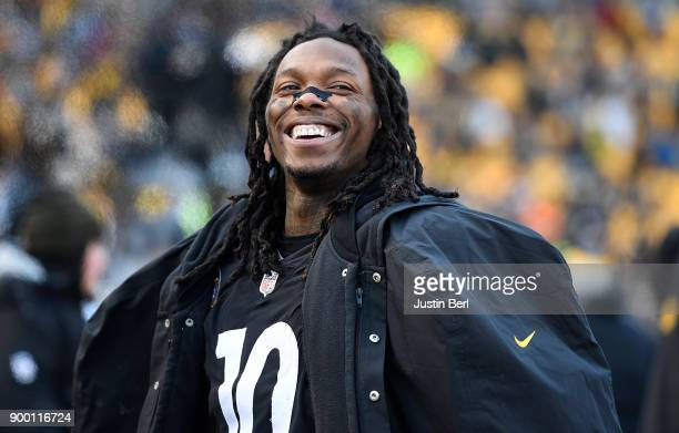 Martavis Bryant of the Pittsburgh Steelers smiles as times expires in the Pittsburgh Steelers 28-24 win over the Cleveland Browns at Heinz Field on...