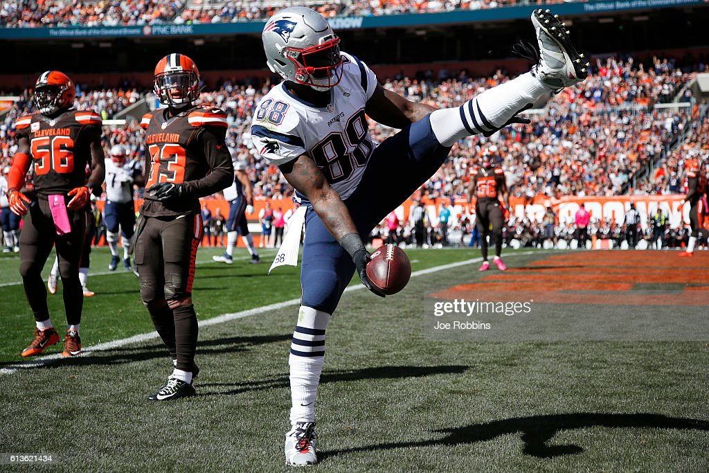 Martellus Bennett #88 of the New England Patriots reacts after a seven-yard touchdown reception in the first quarter of the game against the Cleveland Browns at FirstEnergy Stadium on October 9, 2016 in Cleveland, Ohio.