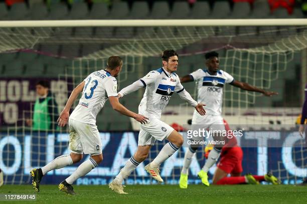 Marten De Roon of Atalanta BC celebrates after scoring the third goal of his team during the Coppa Italia match between ACF Fiorentina and Atalanta...