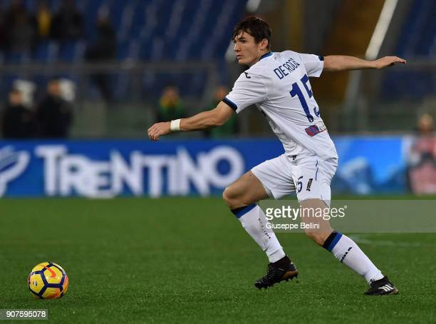 Marten De Roon of Atalanta BC in action during the serie A match between AS Roma and Atalanta BC at Stadio Olimpico on January 6 2018 in Rome Italy