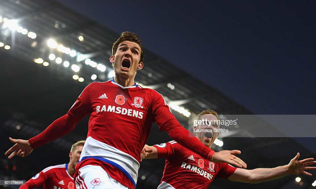 Marten de Roon of Middlesbrough celebrates scoring his sides first goal during the Premier League match between Manchester City and Middlesbrough at Etihad Stadium on November 5, 2016 in Manchester, England.