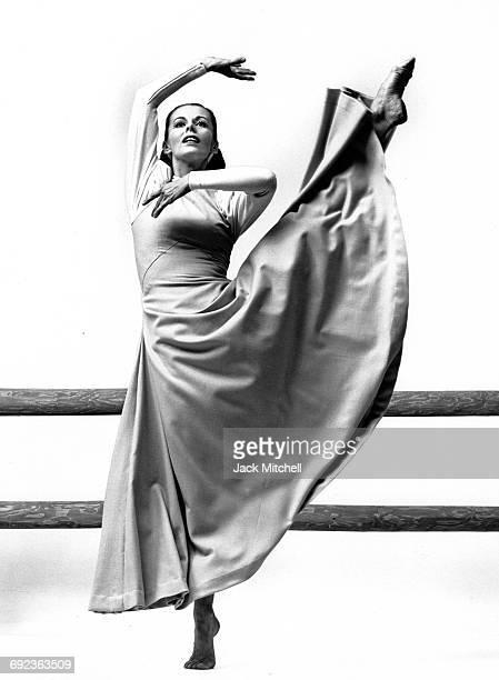 Martha Graham dancer Ethel Winter performing in 'Frontier' in 1964