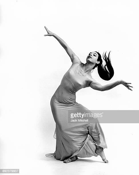 Martha Graham dancer Linda Hodes performing Embattled Garden in 1962