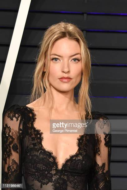 Martha Hunt attends the 2019 Vanity Fair Oscar Party hosted by Radhika Jones at Wallis Annenberg Center for the Performing Arts on February 24 2019...