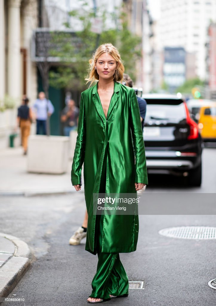 Street Style - New York Fashion Week September 2018 - Day 3