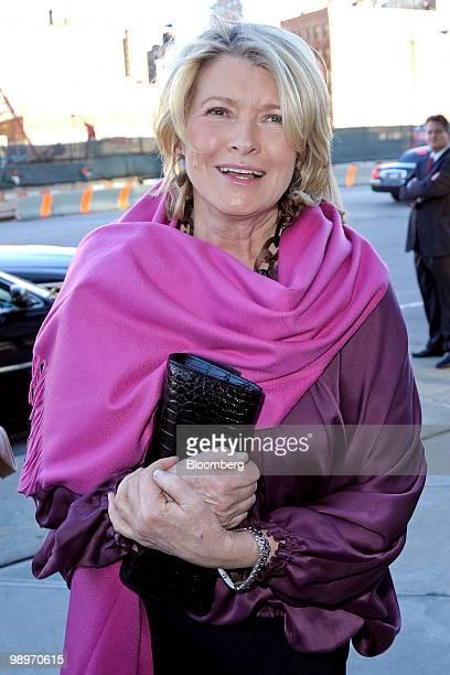 Martha Stewart founder of Martha Stewart Living Omnimedia Inc arrives for the Robin Hood Foundation gala in New York US on Monday May 10 2010 The...