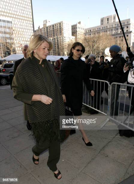 Martha Stewart left arrives with her daughter Alexis right at Manhattan Federal Court in New York on March 3 2004