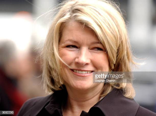 Martha Stewart smiles at onlookers as she arrives at federal court March 2 2004 in New York City In his closing argument Assistant US Attorney...