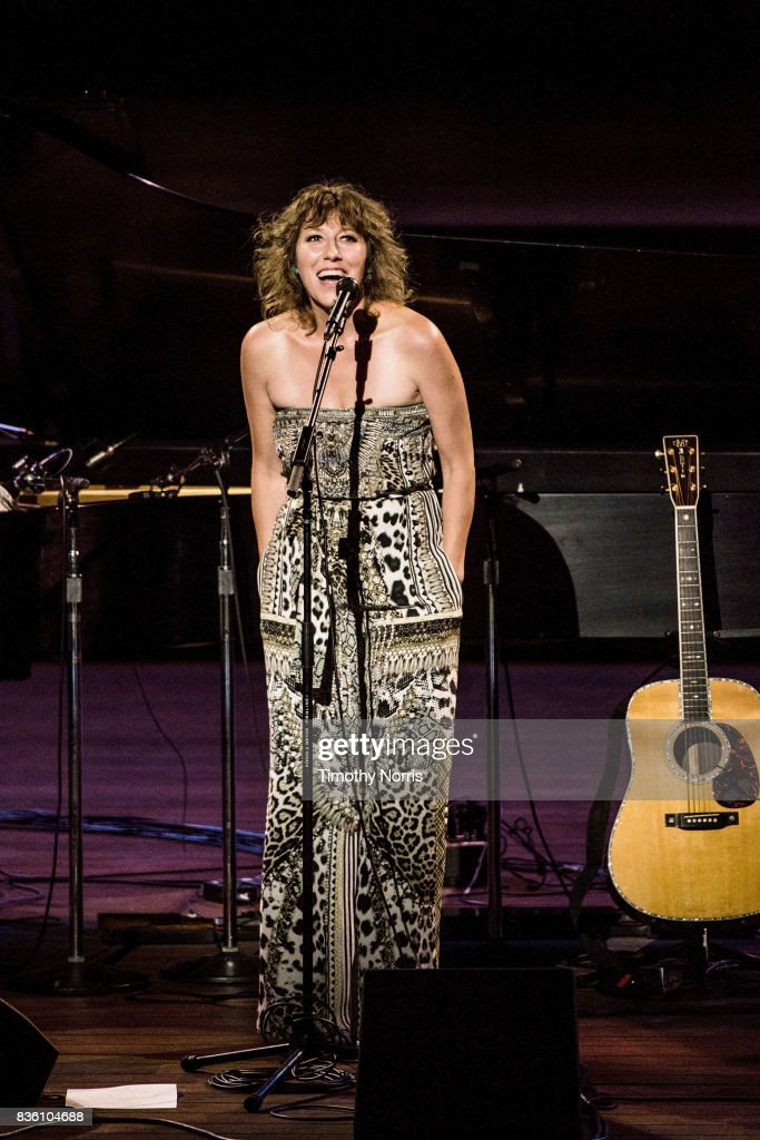 Martha Wainwright performs at Ford Theatre on August 20, 2017 in Hollywood, California.