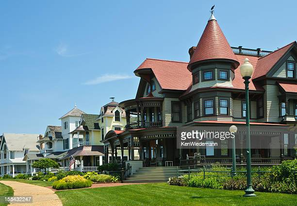 martha's vineyard victorians - marthas vineyard stock pictures, royalty-free photos & images