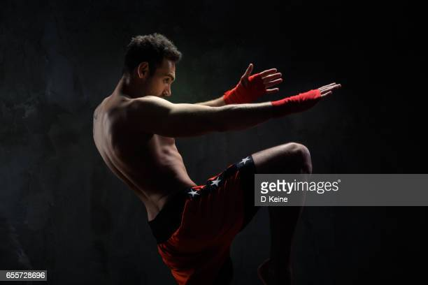 martial arts - muay thai stock pictures, royalty-free photos & images