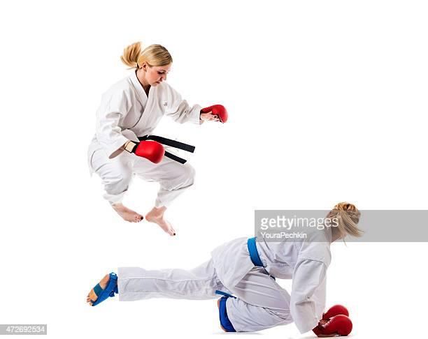 Martial training karate kämpfen, zwei Mädchen