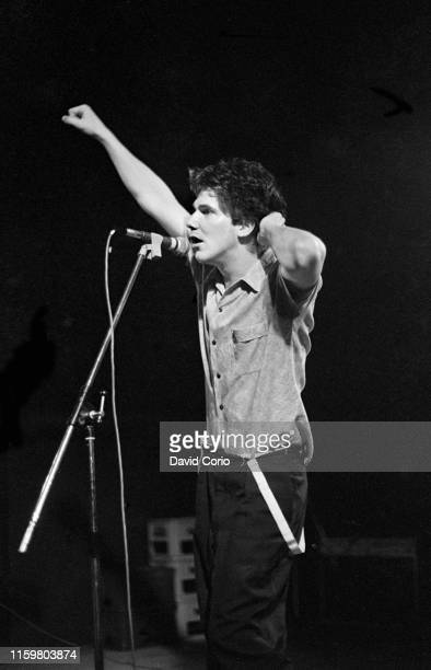 Martin Atkins lead singer of Brian Brain performing at the ICA, London, United Kingdom, 1980.