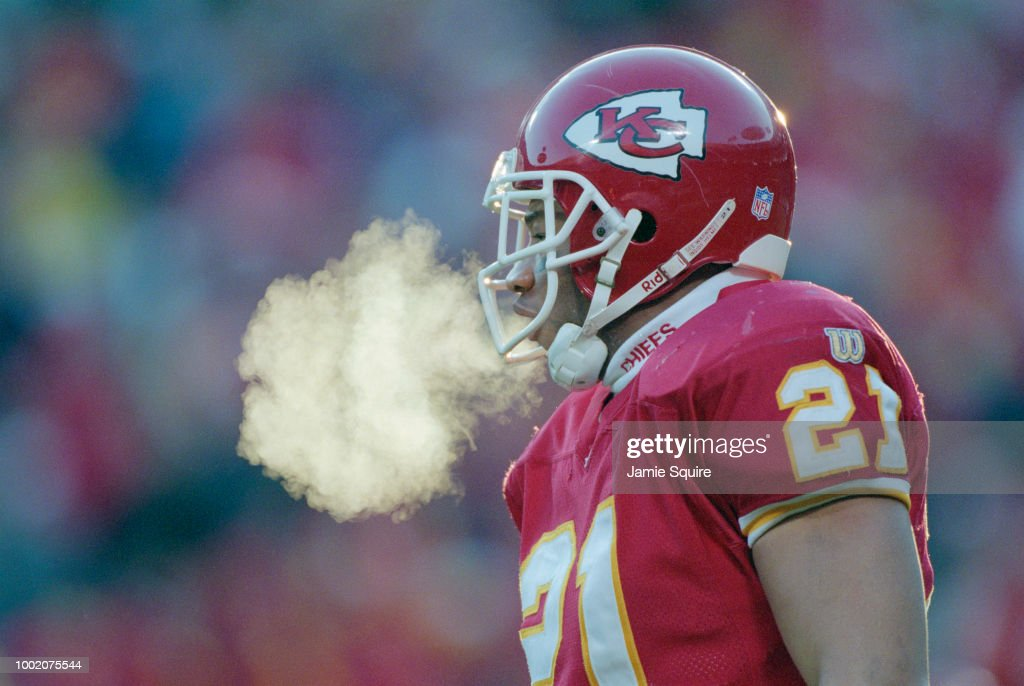 Martin Bayless #21, Defensive baclk for the Kansas City Chiefs feels the cold air with his breath during the American Football Conference West game against the Indianapolis Colts on 15 December 1996 at the Arrowhead Stadium, Kansas City, Missouri, United States. The Colts won the game 24 - 19.